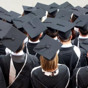 POLL of the DAY (40): FREE DEGREES?